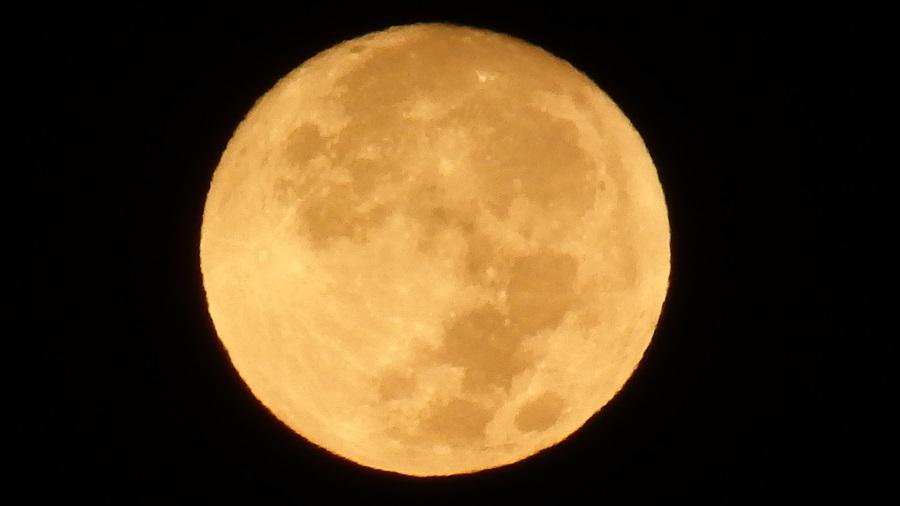 牝牛座 満月1